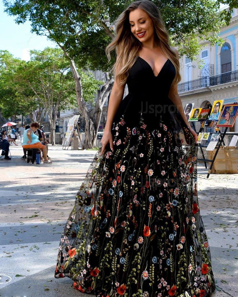 Black V-neck Satin A-line Prom Dress with Floral Lace Skirt PM1884