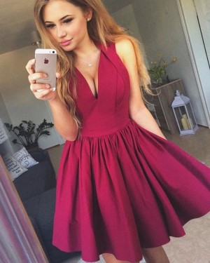 Simple Short V-neck Burgundy Pleated Homecoming Dress HD3095
