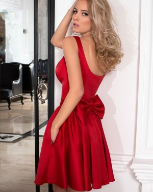 Simple Red Square Satin Pleated Homecoming Dress with Pockets HD3277