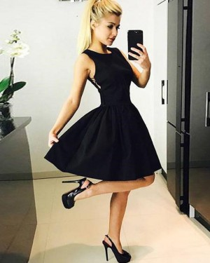 Simple Satin Jewel Neck Black Short Homecoming Dress HD3513