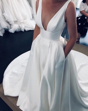 Deep V-neck White Side Slit Pleated Satin Wedding Dress with Pockets NWD2120