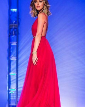 Long Red Tulle Deep V-neck Ruched and Pleated Formal Dress PM1365