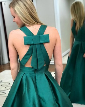 Simple Long Satin Deep V-neck Green Prom Dress with Pockets PM1411