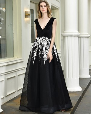 A-line V-neck Black Evening Party Dress with White Lace Applique QD071