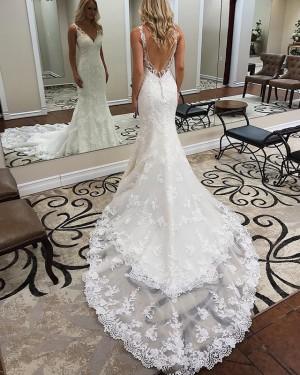 Elegant Mermaid White V-neck Lace Appliqued Wedding Dress WD2112