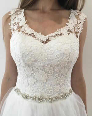 Tulle Pleated White Scoop Lace Bodice Wedding Dress with Beading Belt WD2126